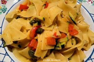 Nudel-Zucchini-Paprika DSC_0133