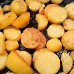 Paprikaschnitzel, die Bratkartoffeln