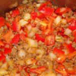Bauerntopf mit Hackfleisch Kartoffeln Zwiebeln Paprika